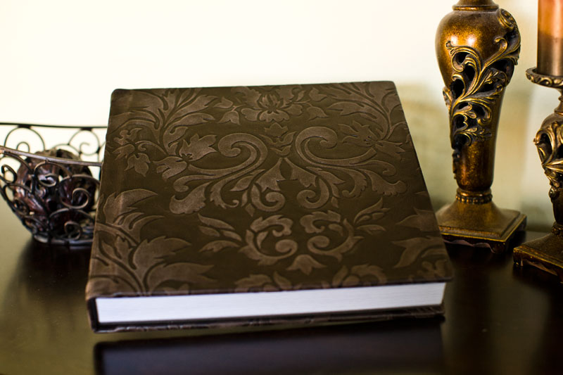 Cool wedding albums design from Caffreys Photography, A Houston Wedding photographer.