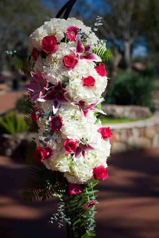 Wedding Floral arrangement for an outdoor wedding at agave Road.