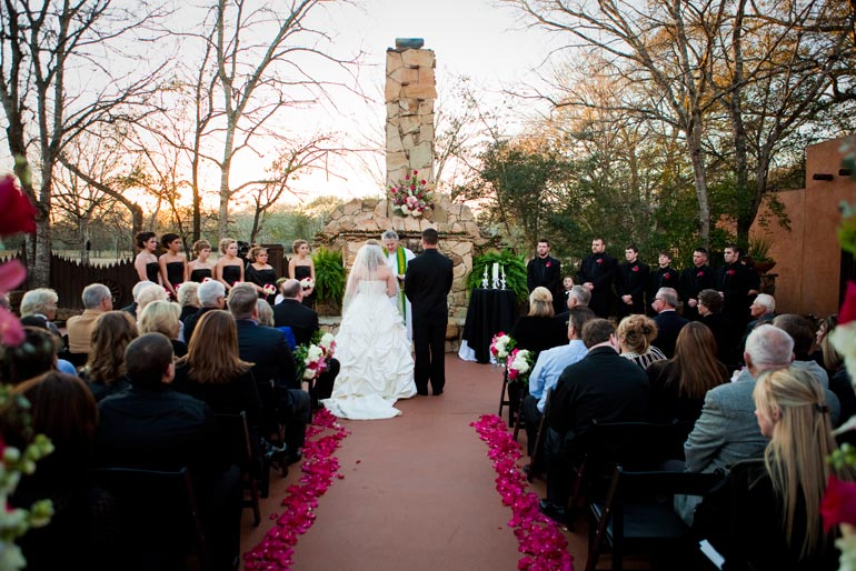 Outdoor wedding at Agave Road.